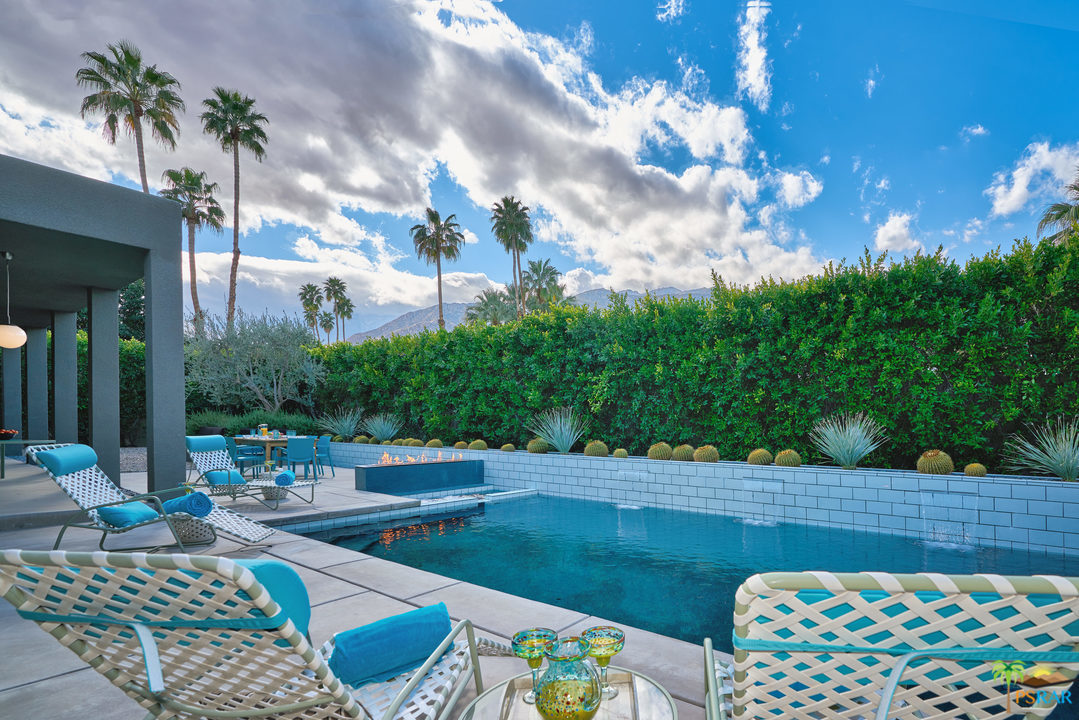 Photo of 2153 S CALIENTE Drive, Palm Springs, CA 92264