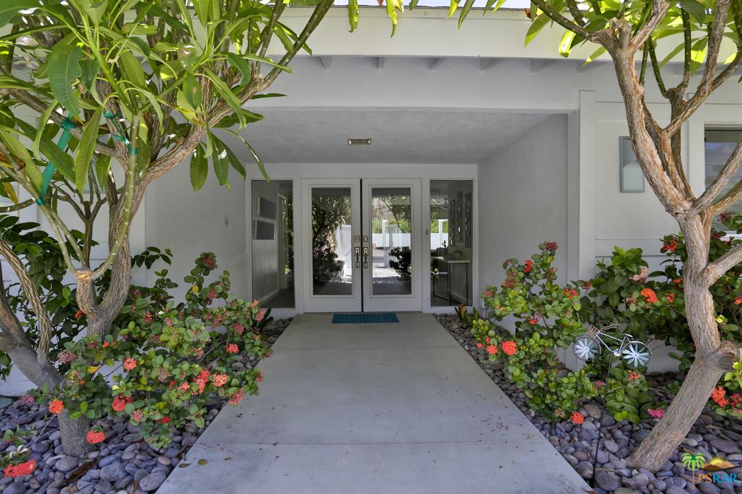 Photo of 1088 S MANZANITA Avenue, Palm Springs, CA 92264
