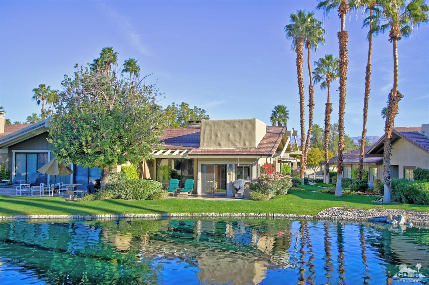 The lakes country club palm springs condos apartments for Palm springs condos for sale zillow