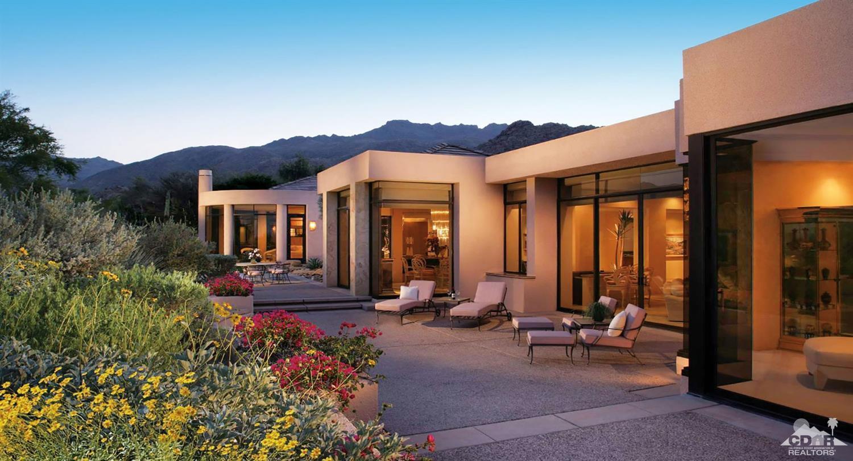 160 Menil Place, Palm Desert, CA 92260