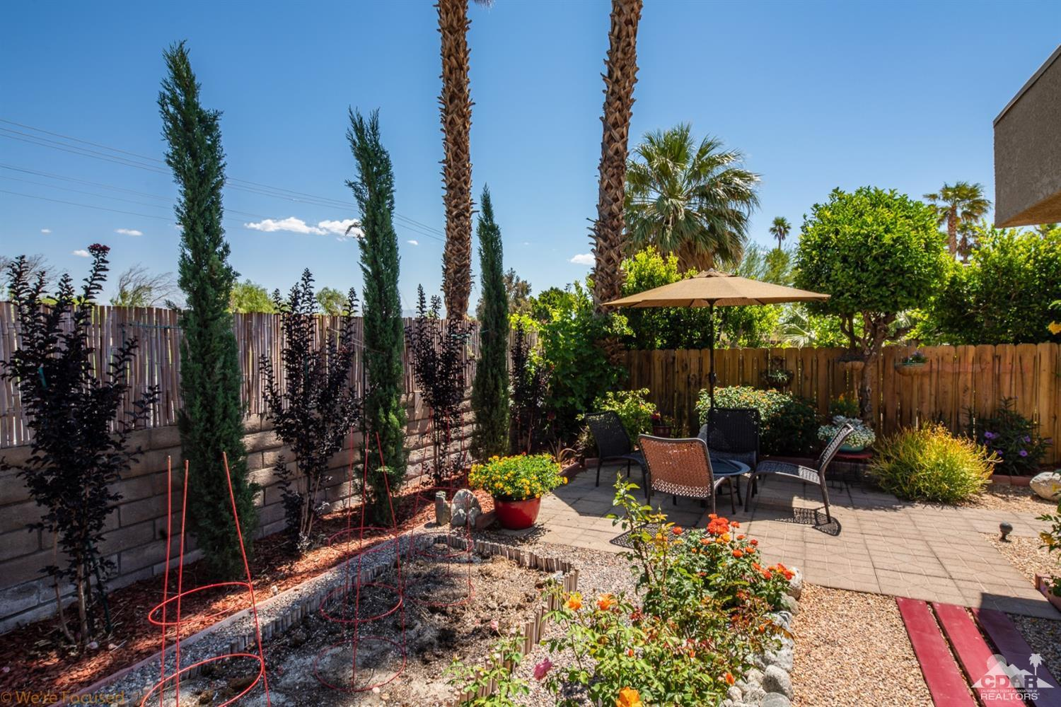 1622 Sunflower Court N, Palm Springs, California 92262, 2 Bedrooms Bedrooms, ,1 BathroomBathrooms,Residential,Sold,1622 Sunflower Court N,219016137