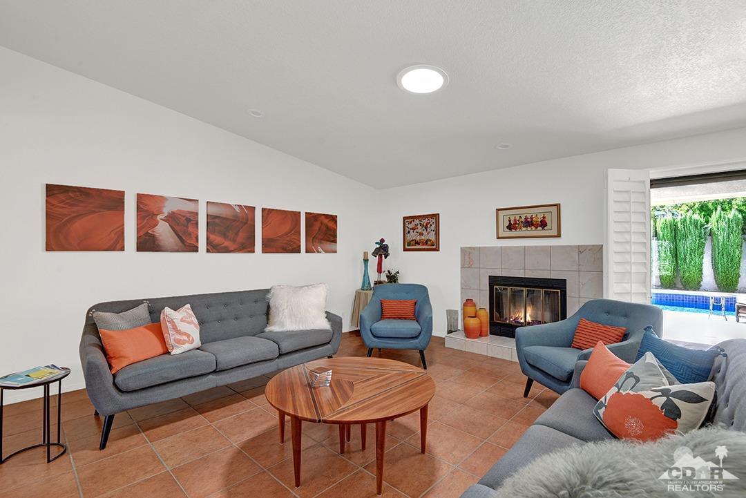 1045 E Deepak Road, Palm Springs, California 92262, 3 Bedrooms Bedrooms, ,4 BathroomsBathrooms,Residential,Sold,1045 E Deepak Road,218025754