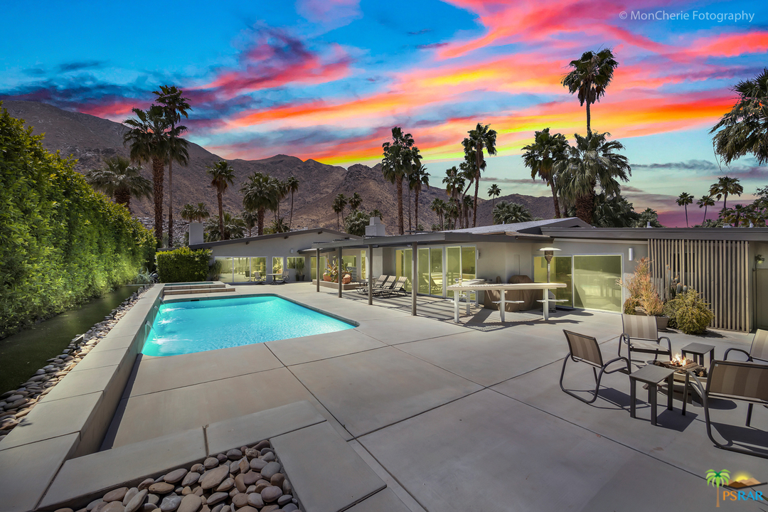 Photo of 955 W Ceres Road, Palm Springs, CA 92262