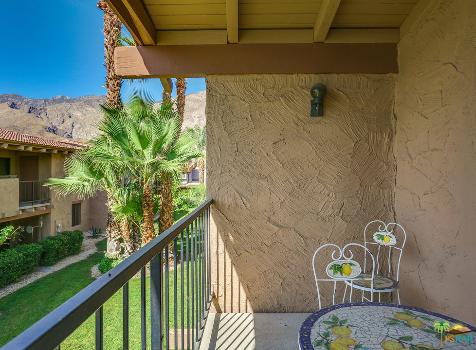 1050 E RAMON Road, Palm Springs, California 92264, 2 Bedrooms Bedrooms, ,3 BathroomsBathrooms,Residential,Sold,1050 E RAMON Road,19504604