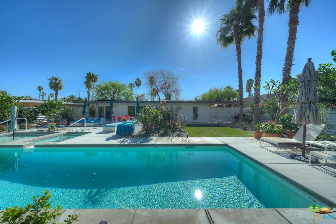 733 DESERT Way, Palm Springs, California 92264, 2 Bedrooms Bedrooms, ,3 BathroomsBathrooms,Residential,Sold,733 DESERT Way,19505080