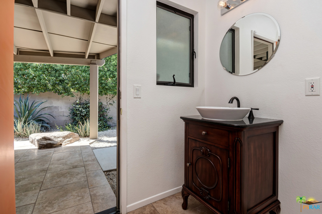 1111 E TACHEVAH Drive, Palm Springs, California 92262, 3 Bedrooms Bedrooms, ,3 BathroomsBathrooms,Residential,Sold,1111 E TACHEVAH Drive,19504850