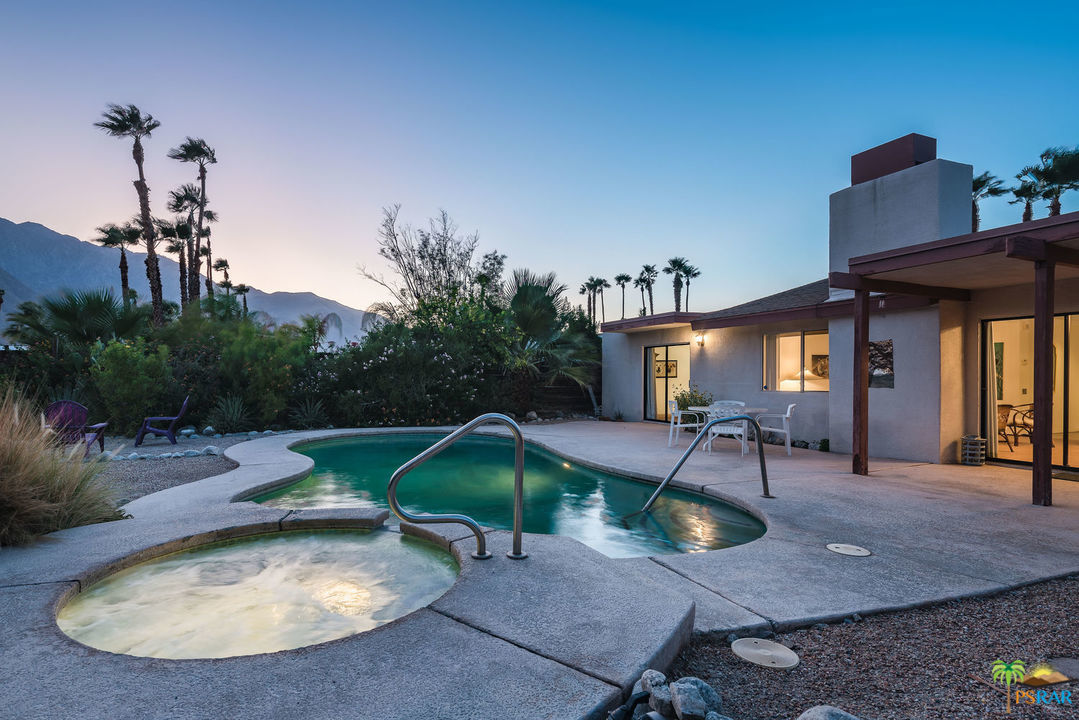 1361 E Francis Drive, Palm Springs, California 92262, 3 Bedrooms Bedrooms, ,2 BathroomsBathrooms,Residential,Sold,1361 E Francis Drive,19508892