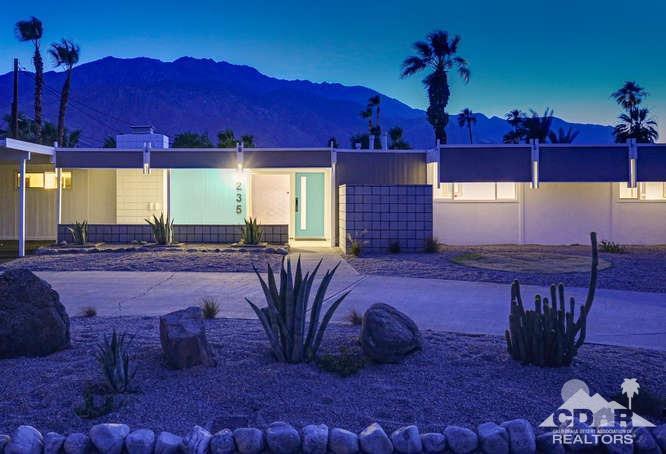 235 N Airlane Drive, Palm Springs, California 92262, 3 Bedrooms Bedrooms, ,2 BathroomsBathrooms,Residential,Sold,235 N Airlane Drive,219014465