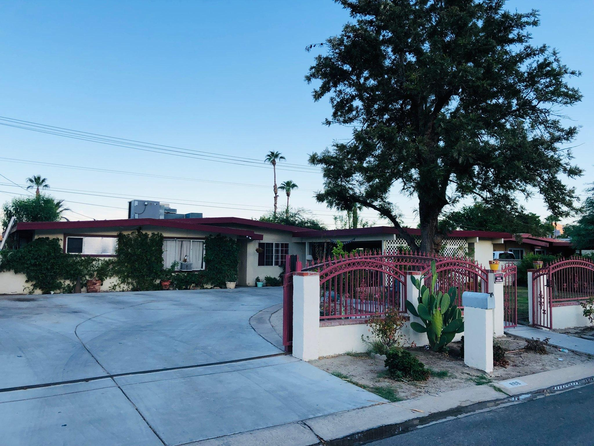 Photo of 886 S Calle Paul, Palm Springs, CA 92264