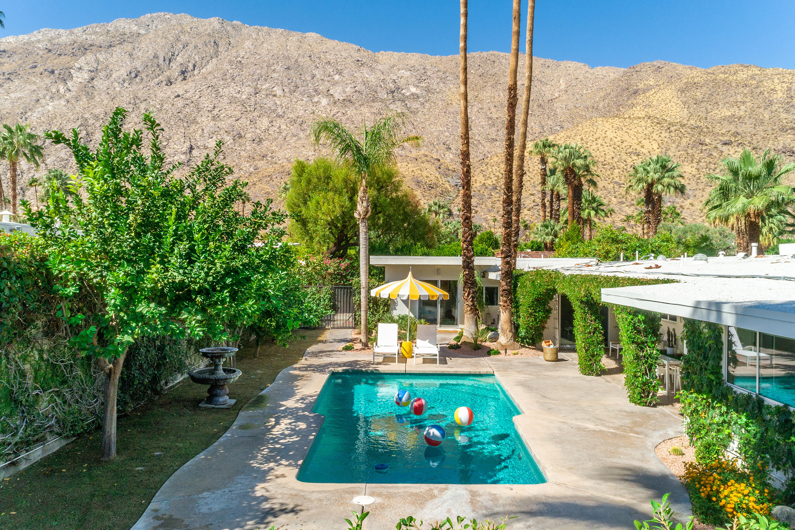 Photo of 343 W Baristo Road, Palm Springs, CA 92262