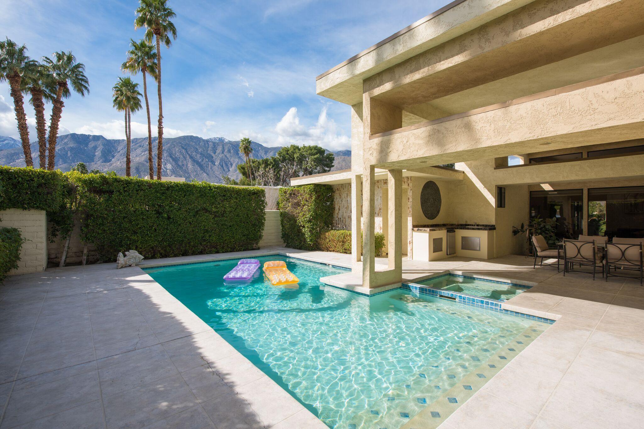 Photo of 1578 E Murray Canyon Drive, Palm Springs, CA 92264