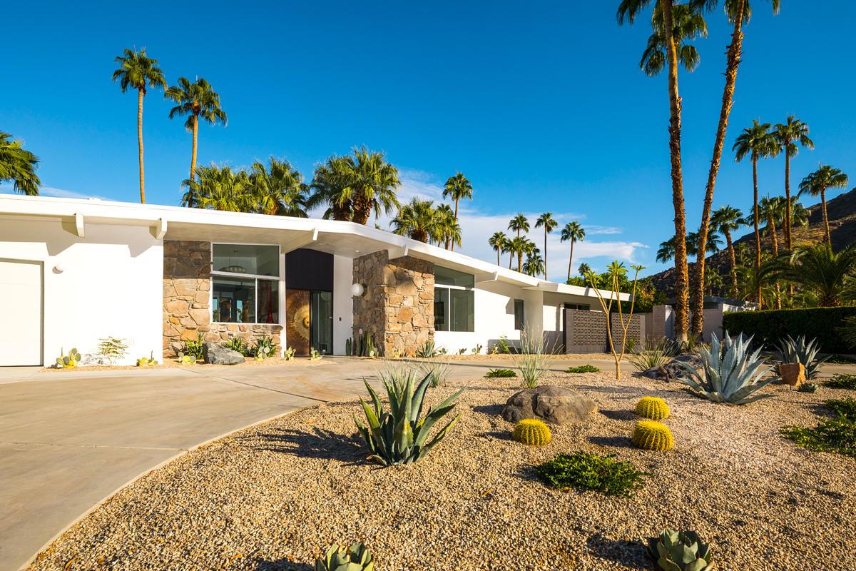 Photo of 810 N Rose Avenue, Palm Springs, CA 92262