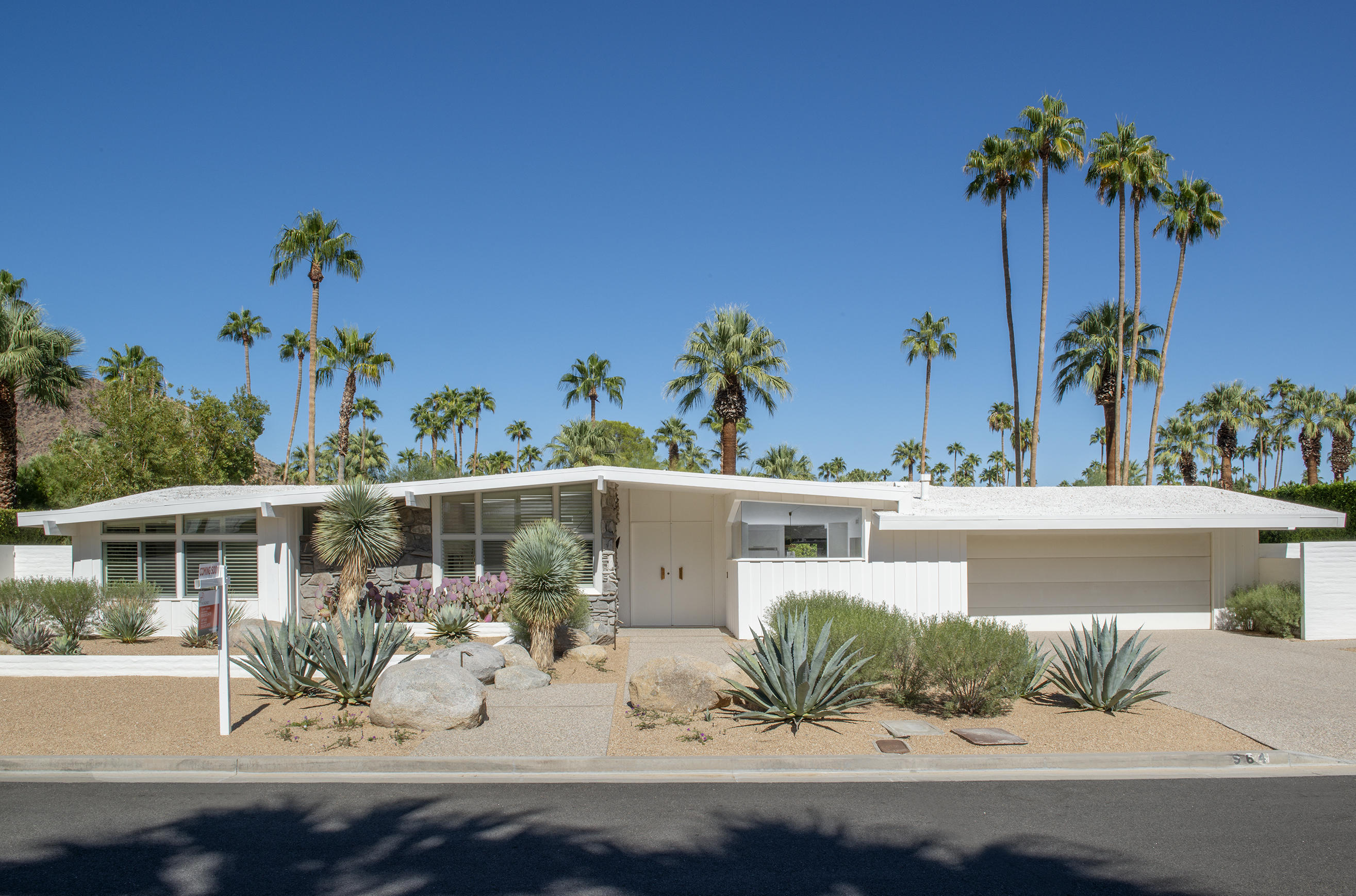 Photo of 964 W Ceres Road, Palm Springs, CA 92262