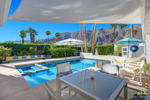 Property for sale at 338 W Vereda Norte, Palm Springs,  California 92262
