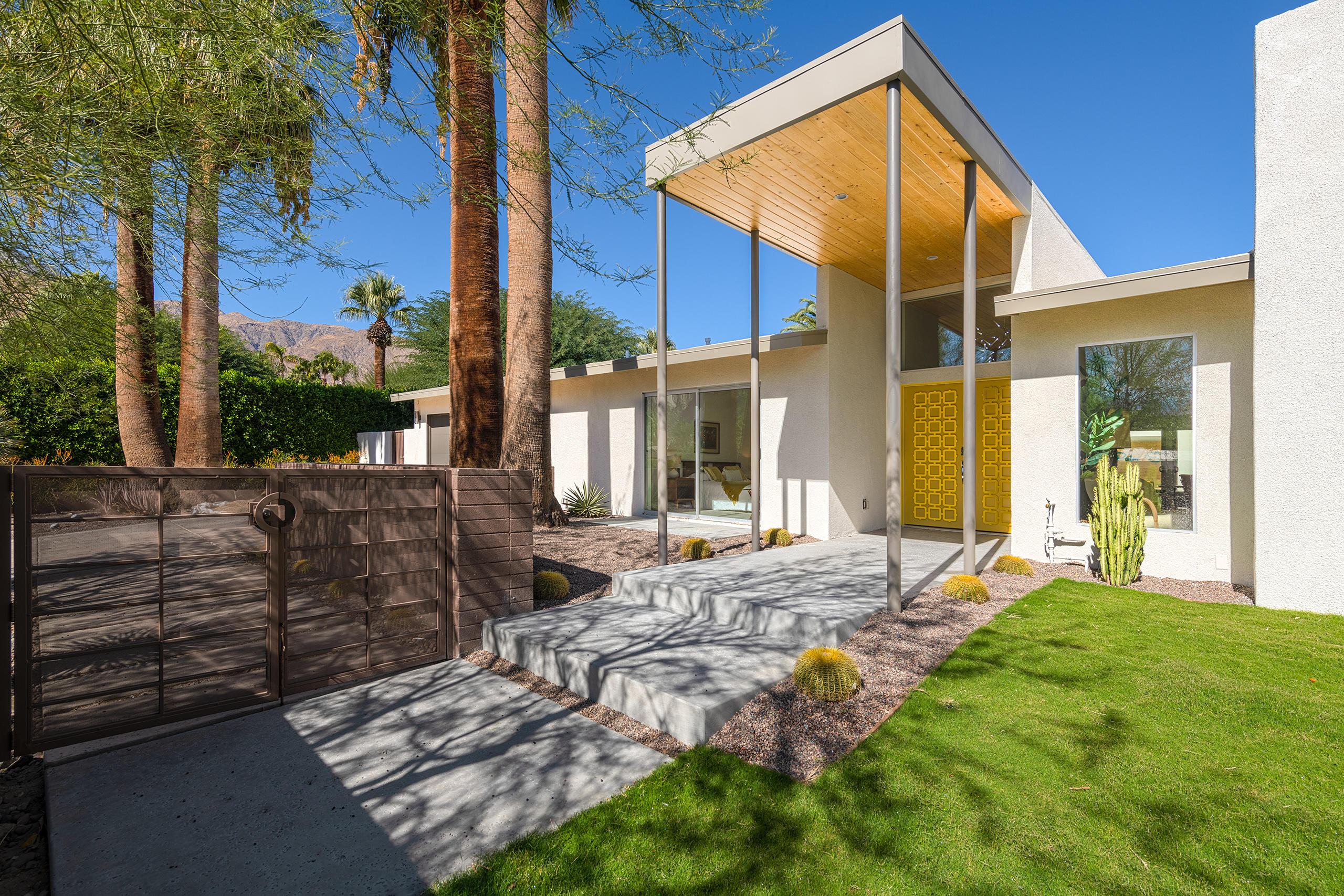 Photo of 444 W Stevens Road, Palm Springs, CA 92262