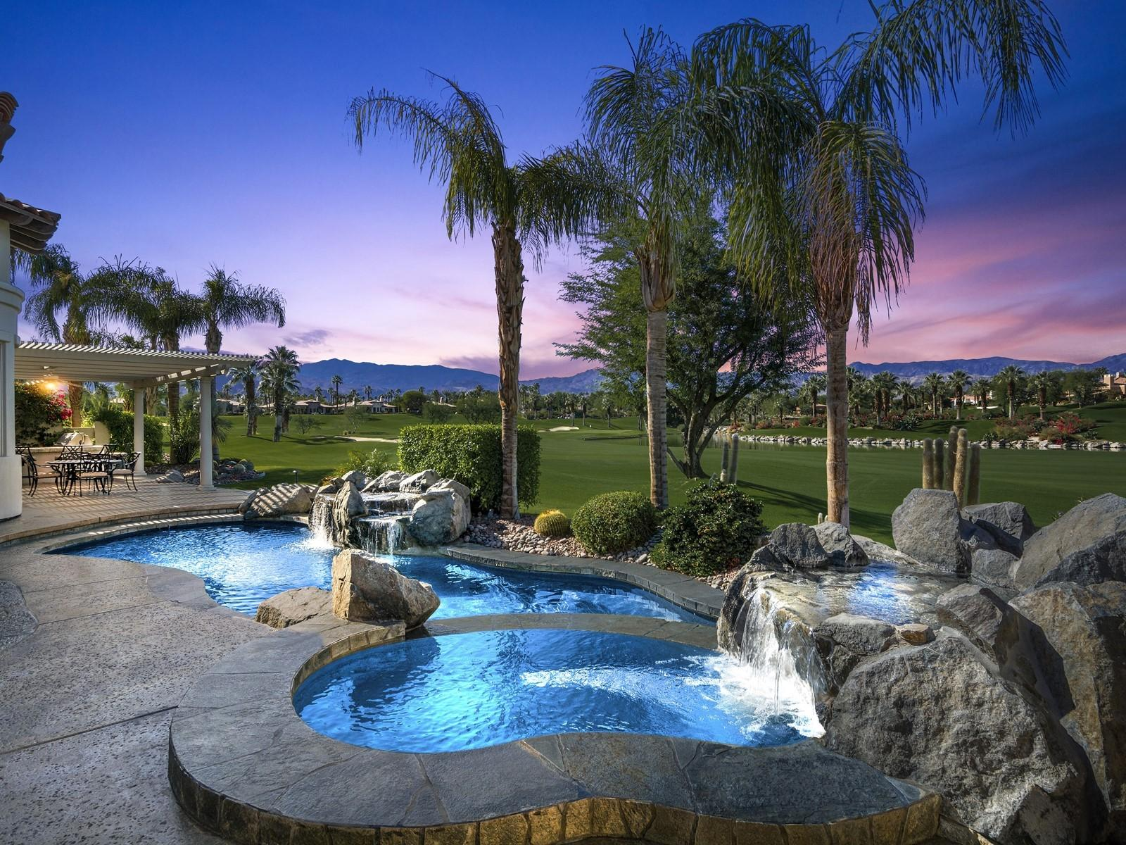 Photo of 899 Mission Creek Drive, Palm Desert, CA 92211