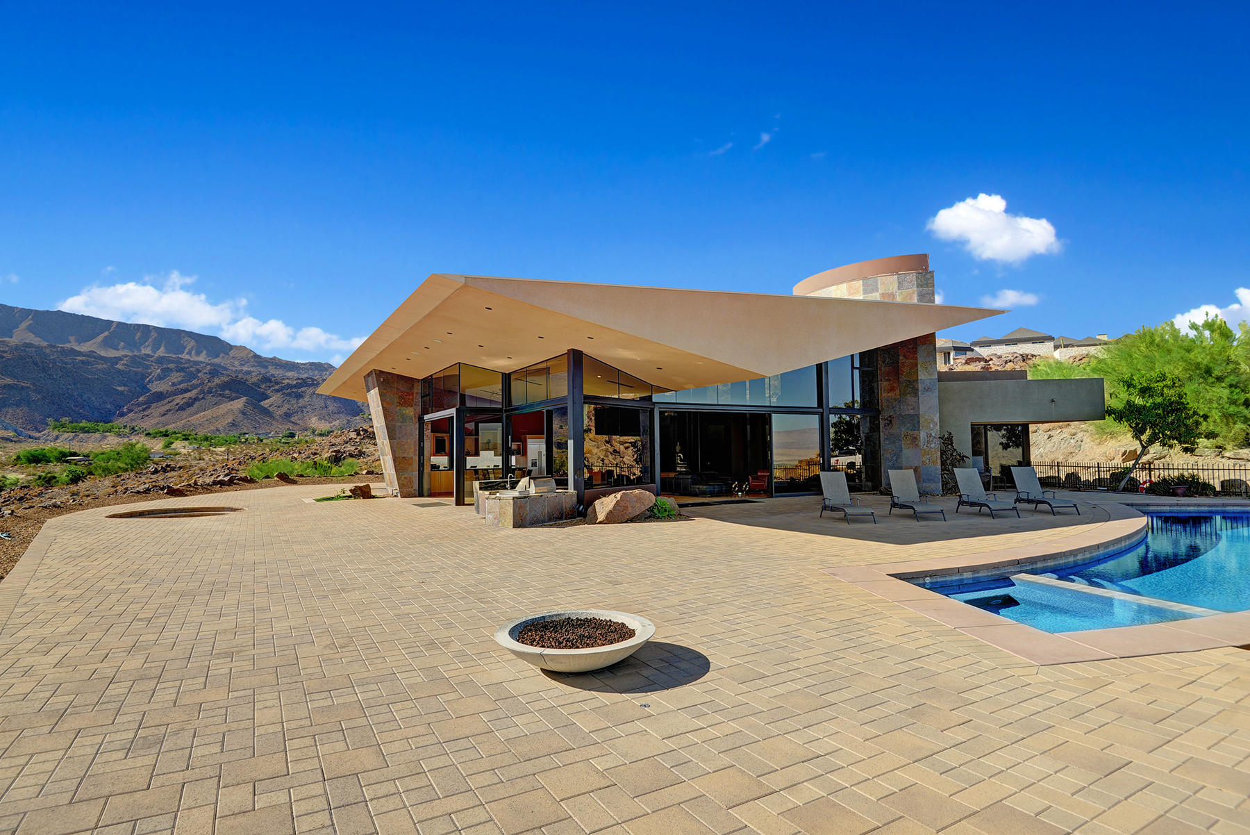 Photo of 48710 Paisano Road, Palm Desert, CA 92260