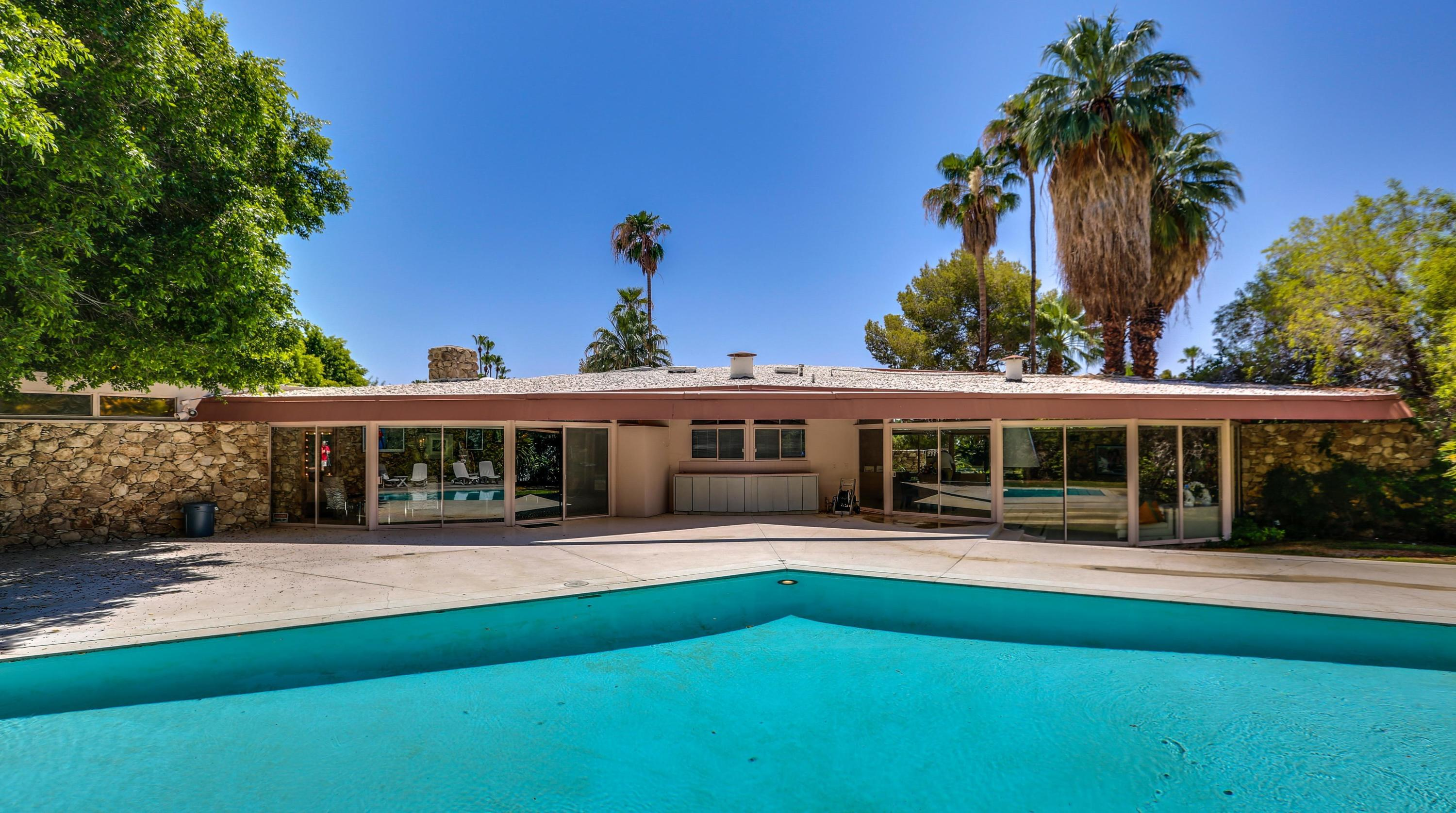 1350 Ladera Circle, Palm Springs, California 92262, 5 Bedrooms Bedrooms, ,5 BathroomsBathrooms,Residential,For Sale,1350 Ladera Circle,219033888