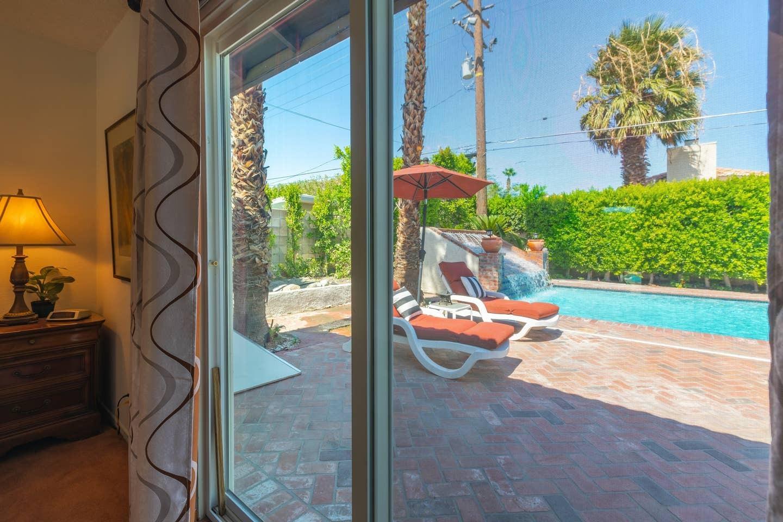 360 W Pico Road, Palm Springs, California 92262, 3 Bedrooms Bedrooms, ,2 BathroomsBathrooms,Residential,For Sale,360 W Pico Road,219034197