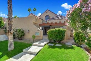 2915 Cervantes Court, Palm Springs, CA 92264