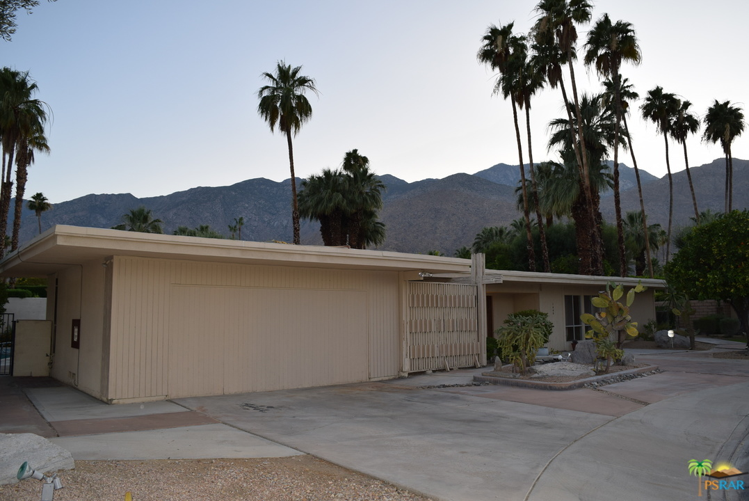 1445 Plato Circle, Palm Springs, California 92264, 3 Bedrooms Bedrooms, ,2 BathroomsBathrooms,Residential,For Sale,1445 Plato Circle,219035170