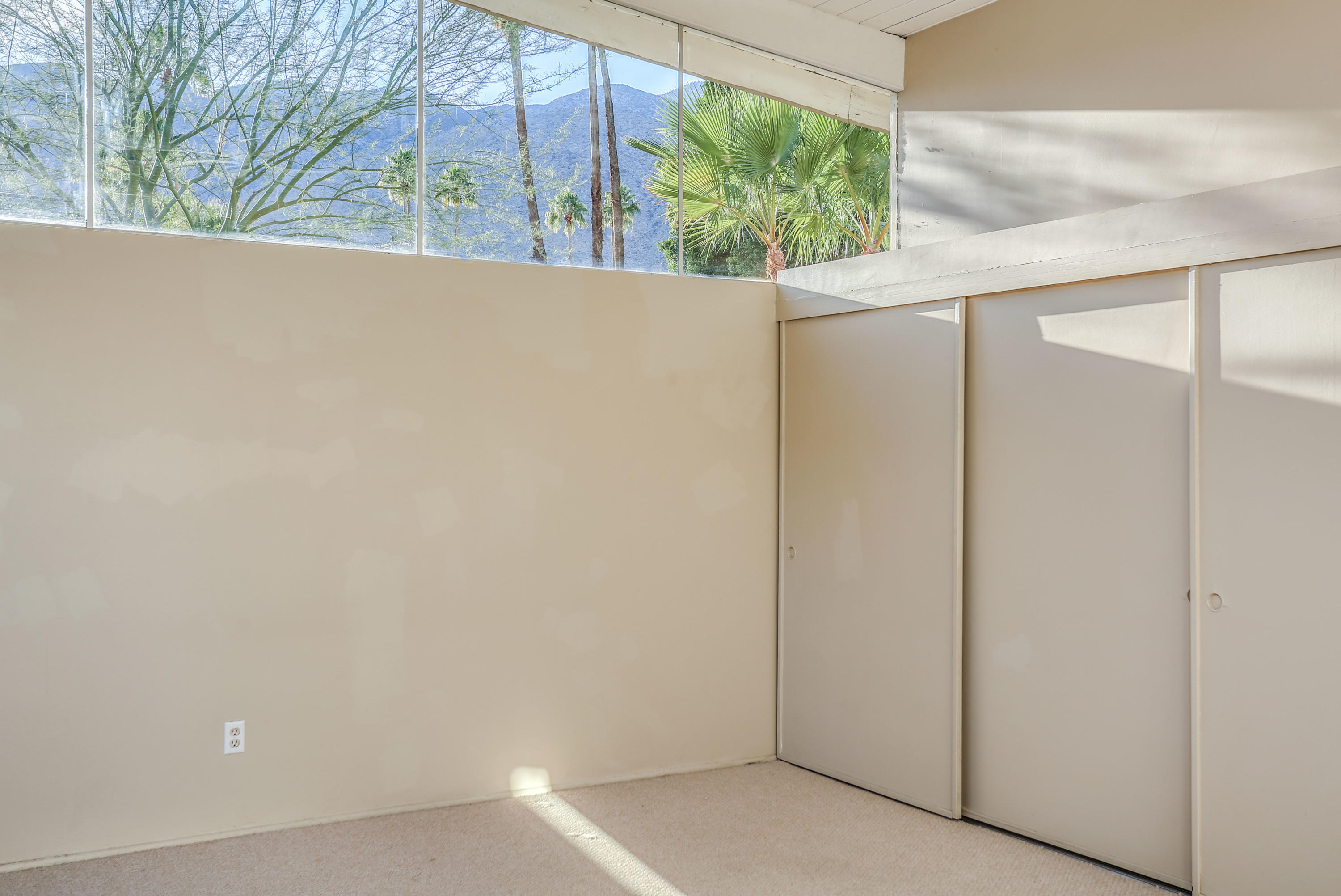 1992 S Navajo Drive, Palm Springs, California 92264, 4 Bedrooms Bedrooms, ,3 BathroomsBathrooms,Residential,For Sale,1992 S Navajo Drive,219035250