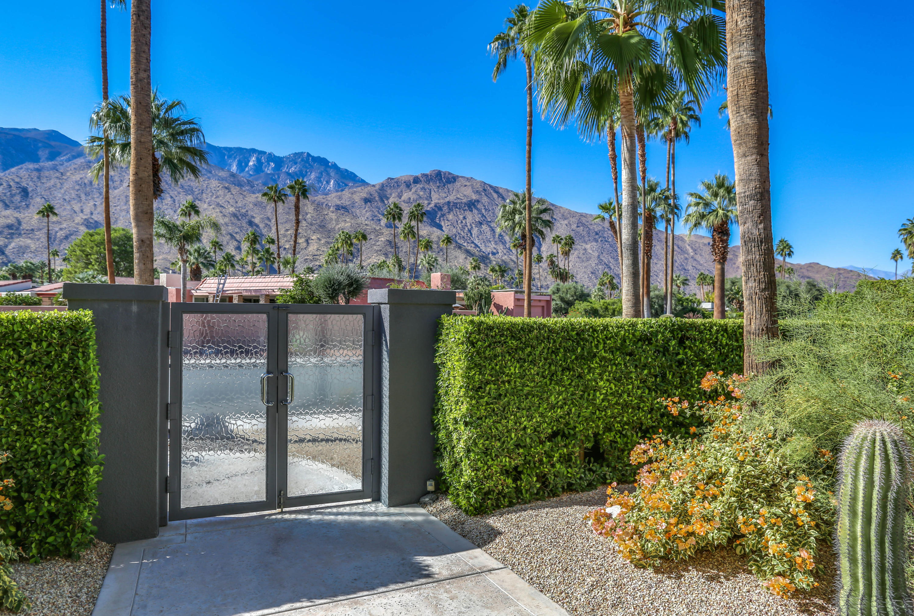 Photo of 2000 S Caliente Drive, Palm Springs, CA 92264