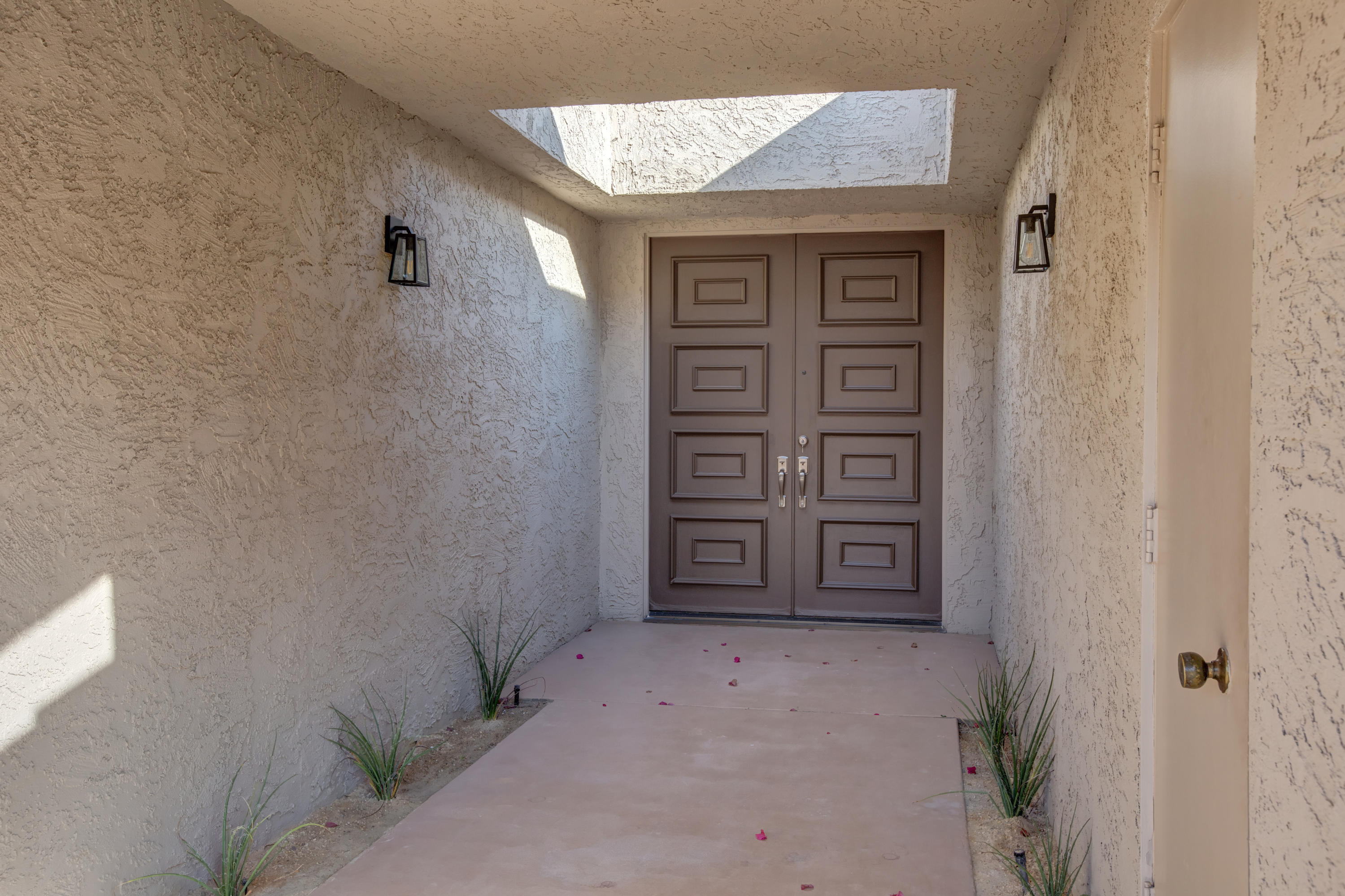 32 Lafayette Drive, Rancho Mirage, California 92270, 3 Bedrooms Bedrooms, ,3 BathroomsBathrooms,Residential,For Sale,32 Lafayette Drive,219036785
