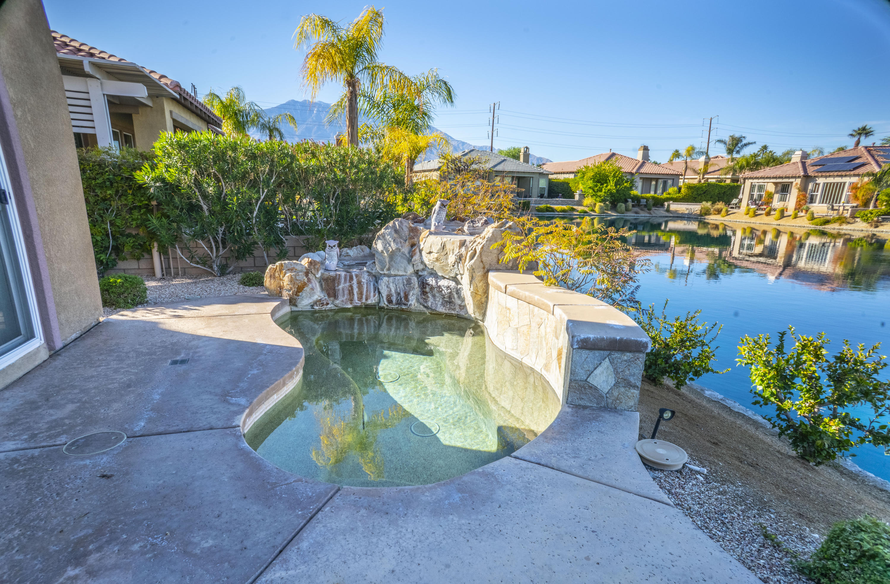 10 Loch Ness Lake Court, Rancho Mirage, California 92270, 3 Bedrooms Bedrooms, ,3 BathroomsBathrooms,Residential,For Sale,10 Loch Ness Lake Court,219036789