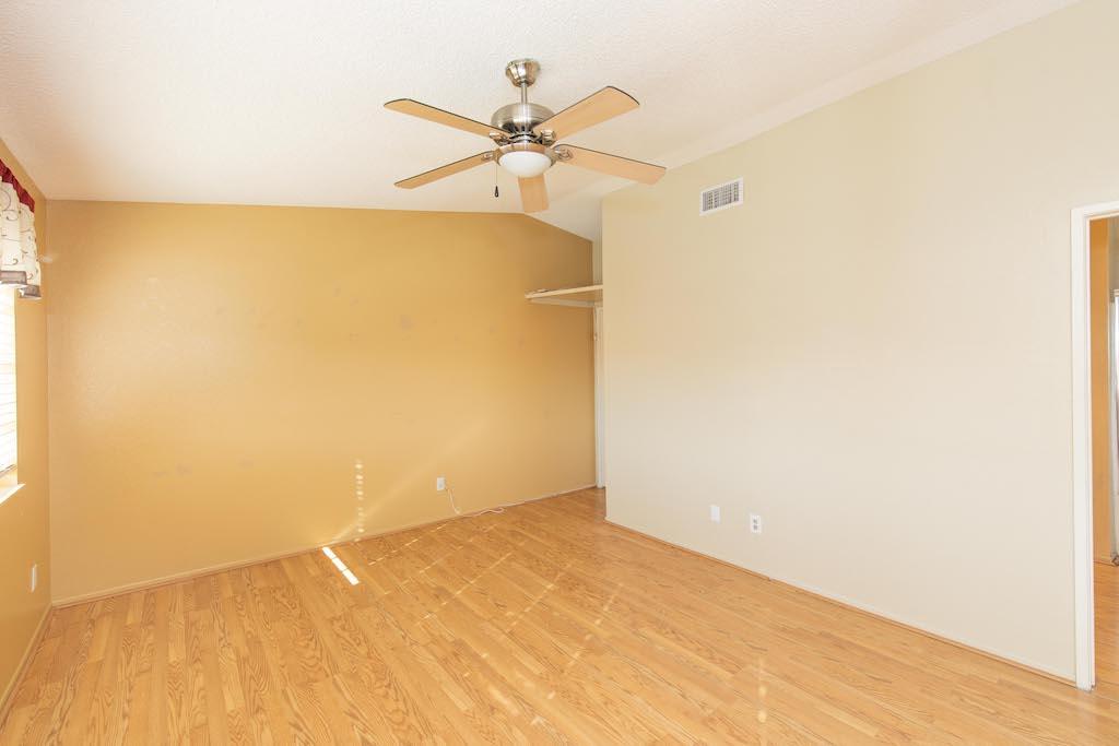 6639 Avenida Valencia, Riverside, California 92509, 3 Bedrooms Bedrooms, ,3 BathroomsBathrooms,Residential,For Sale,6639 Avenida Valencia,219036773
