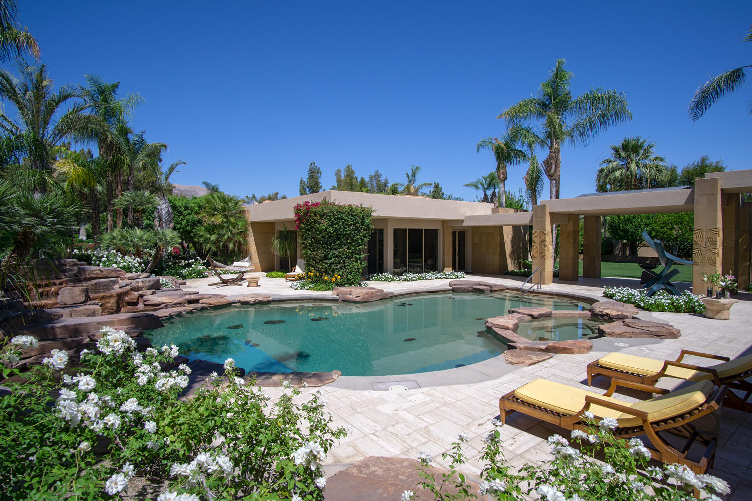 74325 Quail Lakes Drive, Indian Wells, California 92210, 5 Bedrooms Bedrooms, ,7 BathroomsBathrooms,Residential,For Sale,74325 Quail Lakes Drive,219036776