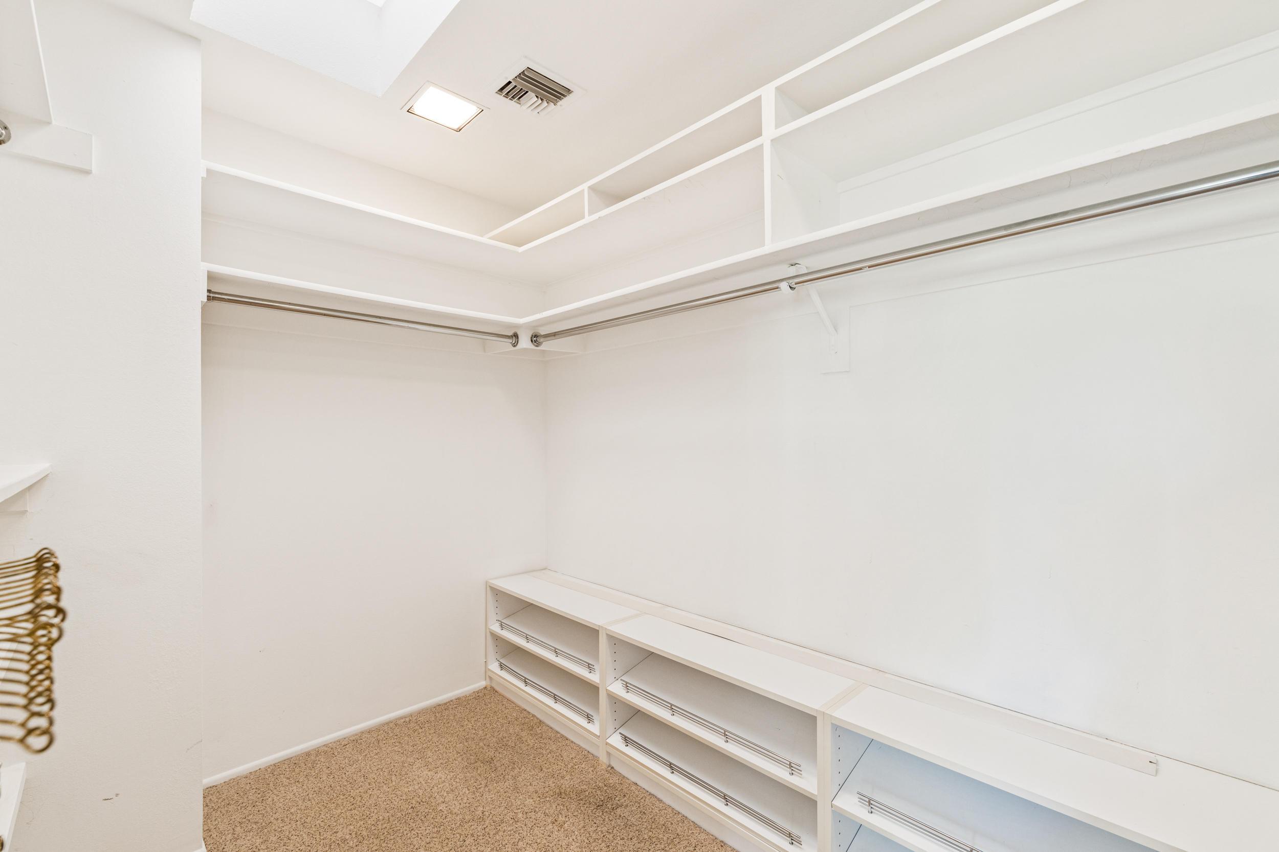 2 Surrey Court, Rancho Mirage, California 92270, 3 Bedrooms Bedrooms, ,3 BathroomsBathrooms,Residential,For Sale,2 Surrey Court,219036787