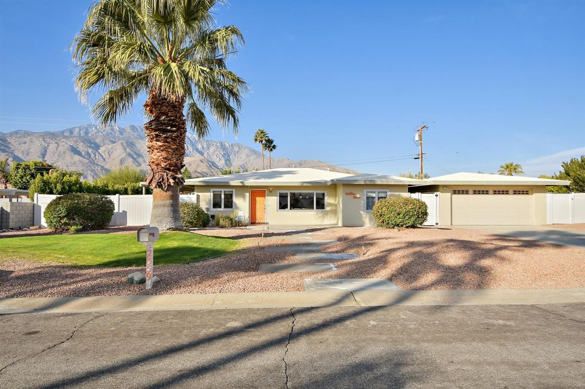 Photo of 2359 E Nicola Road, Palm Springs, CA 92262