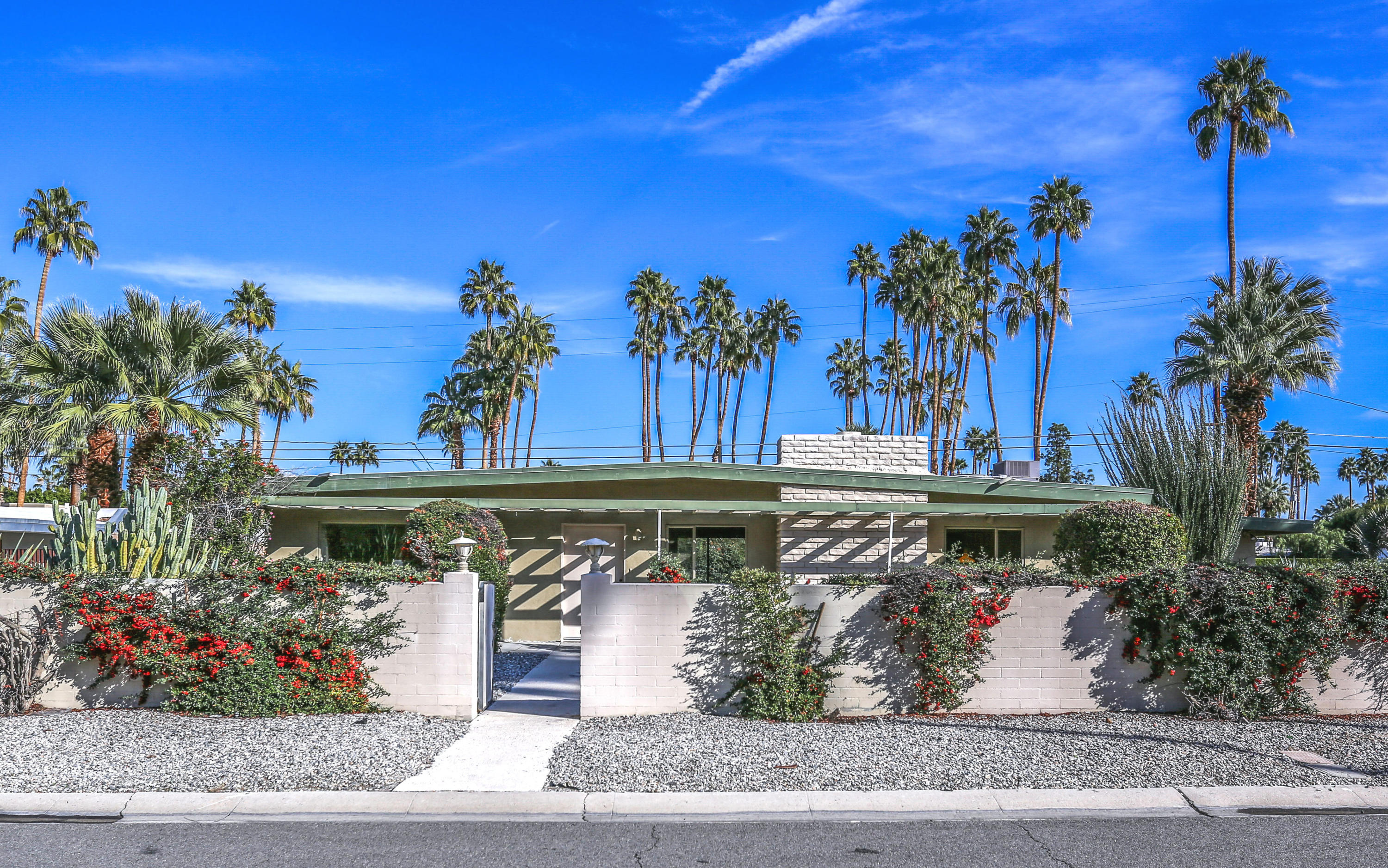 1552 Sagebrush Road, Palm Springs, California 92264, 2 Bedrooms Bedrooms, ,2 BathroomsBathrooms,Residential,For Sale,1552 Sagebrush Road,219037429