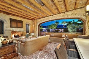 Property for sale at 53840 Del Gato Drive, La Quinta,  California 92253