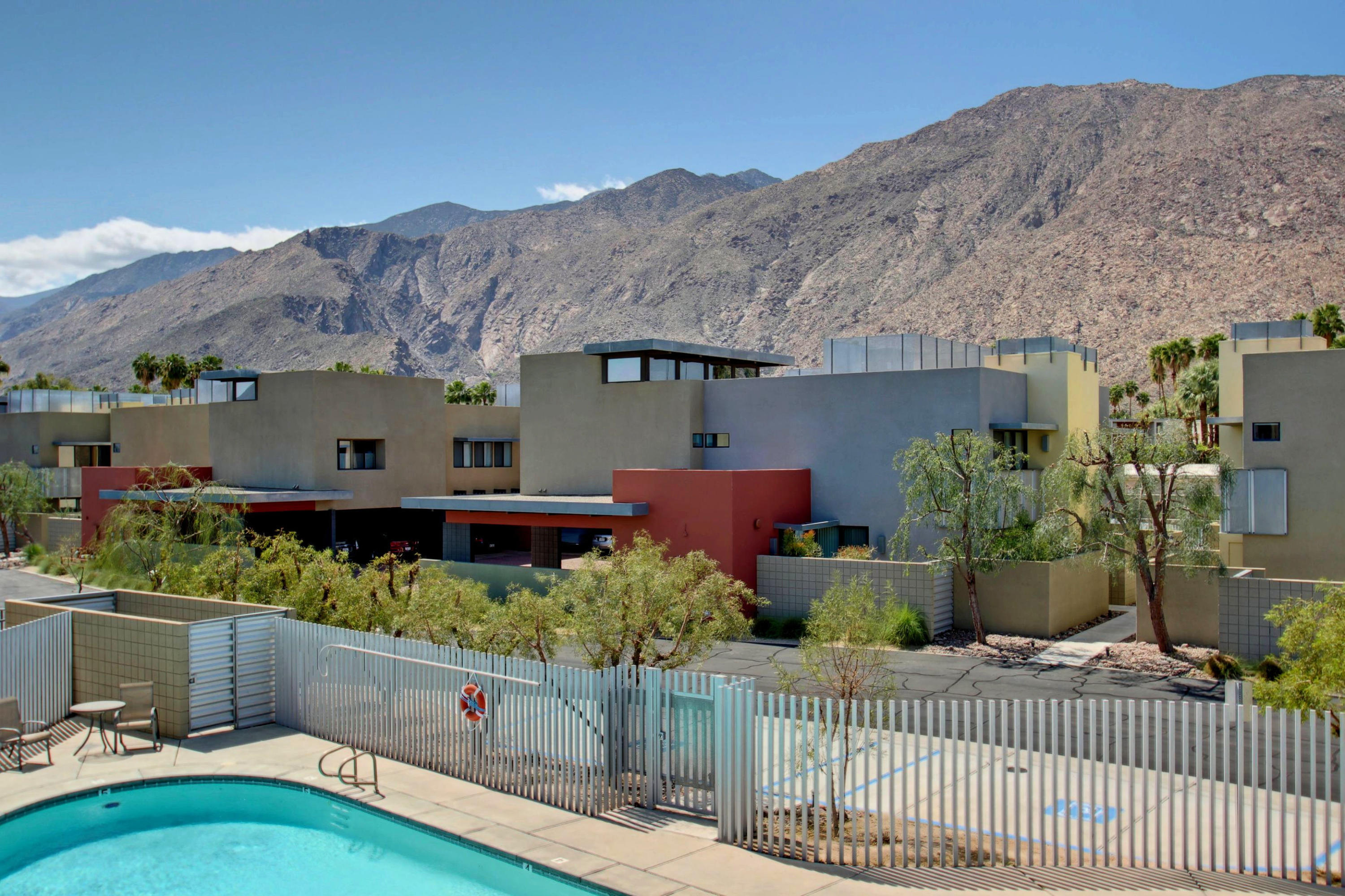 681 E Arenas Road, Palm Springs, California 92262, 2 Bedrooms Bedrooms, ,3 BathroomsBathrooms,Residential,For Sale,681 E Arenas Road,219037566