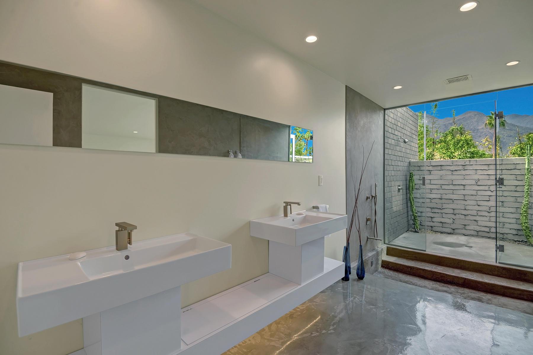 688 E Mel Avenue, Palm Springs, California 92262, 3 Bedrooms Bedrooms, ,3 BathroomsBathrooms,Residential,For Sale,688 E Mel Avenue,219037669