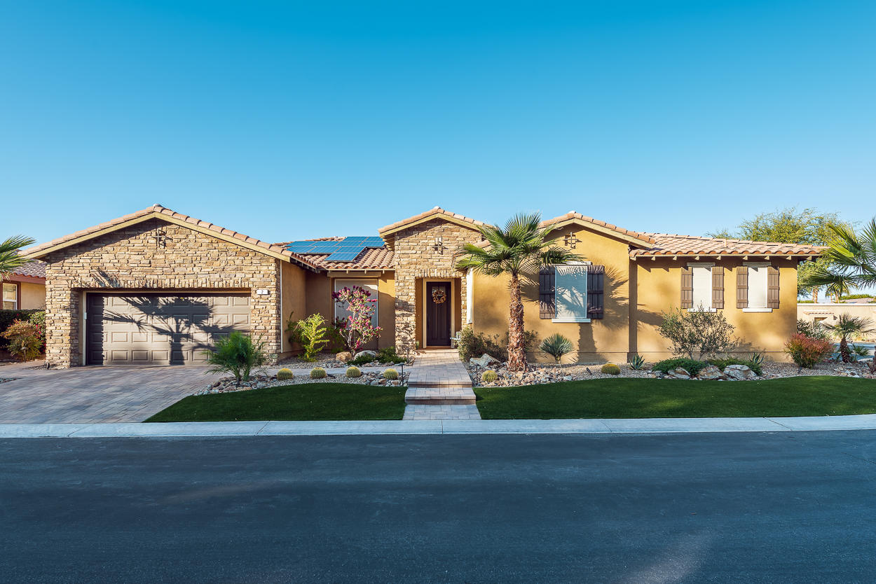 2 Moon Lake Drive, Rancho Mirage, California 92270, 4 Bedrooms Bedrooms, ,4 BathroomsBathrooms,Residential,For Sale,2 Moon Lake Drive,219037692