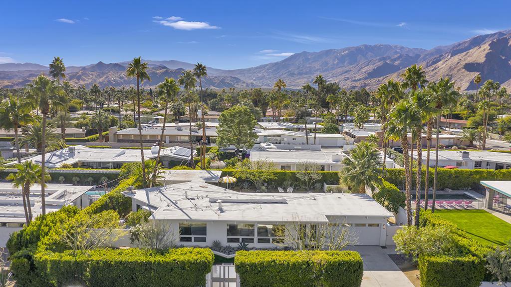 Photo of 1155 E Paseo El Mirador, Palm Springs, CA 92262