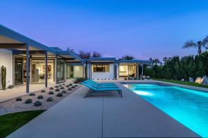 Property for sale at 1155 E Granvia Valmonte, Palm Springs,  California 92262