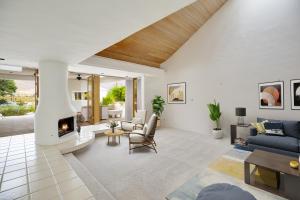 Property for sale at 38727 Maracaibo Circle, Palm Springs,  California 92264