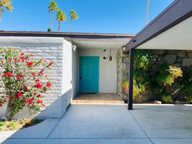 Photo of 2078 S Lagarto Way, Palm Springs, CA 92264