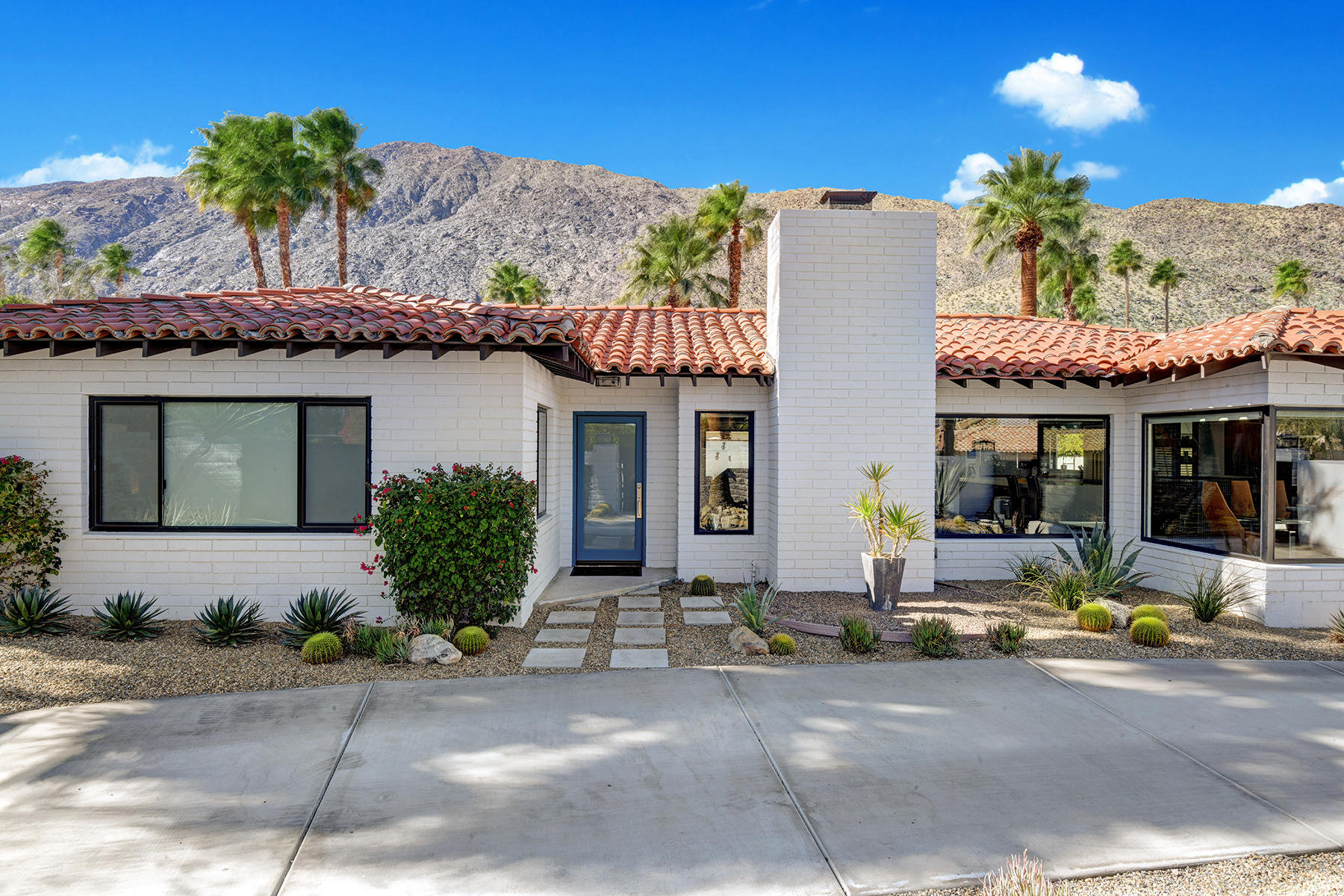 Photo of 371 S Pablo Drive, Palm Springs, CA 92262