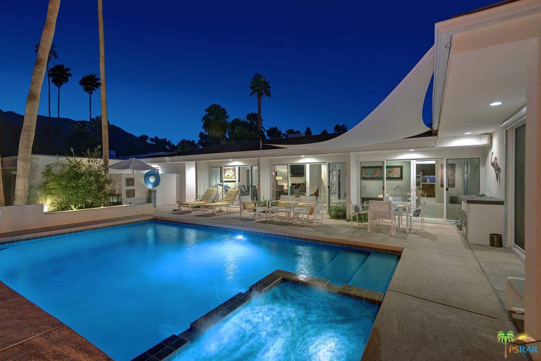 Photo of 338 W Vereda Norte, Palm Springs, CA 92262