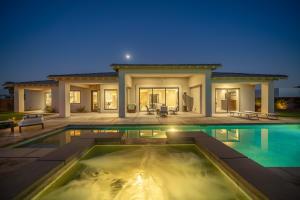 8 Siena Vista Court, Rancho Mirage, CA 92270