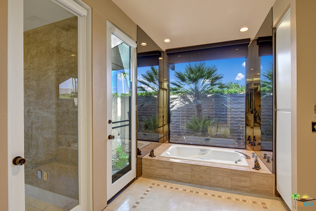 101 Iris Lane, Rancho Mirage, California 92270, 3 Bedrooms Bedrooms, ,5 BathroomsBathrooms,Residential,For Sale,101 Iris Lane,219039375