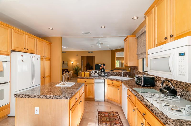 Photo of 17 Mount Holyoke Drive, Rancho Mirage, CA 92270