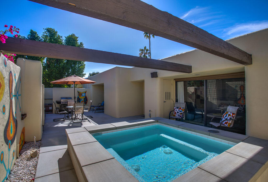 Photo of 415 N Hermosa Drive, Palm Springs, CA 92262