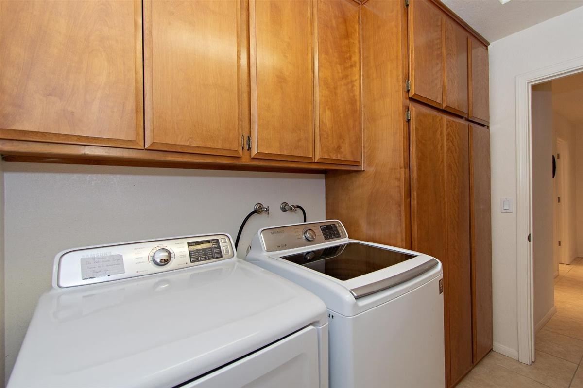 42875 Darien Drive, Bermuda Dunes, California 92203, 4 Bedrooms Bedrooms, ,4 BathroomsBathrooms,Residential,For Sale,42875 Darien Drive,219039776