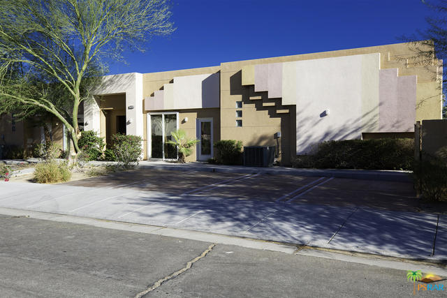 Photo of 4022 E Calle De Carlos, Palm Springs, CA 92264
